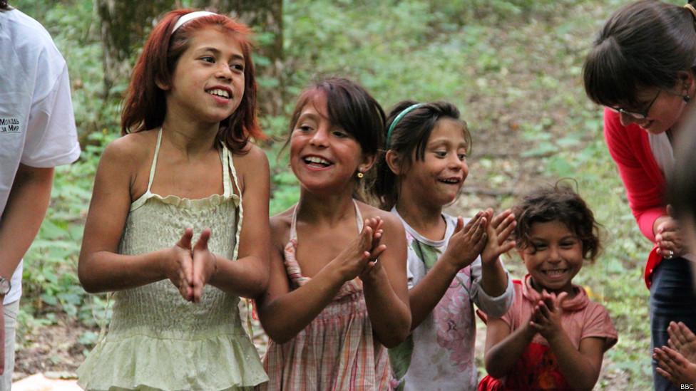Die mobilisierten Kinder: Die Erziehung zum Krieg an