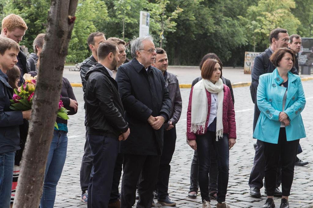 In ucraina dove c 39 una guerra dimenticata sant 39 egidio una presenza di pace la visita di - La finestra di fronte andrea guerra ...