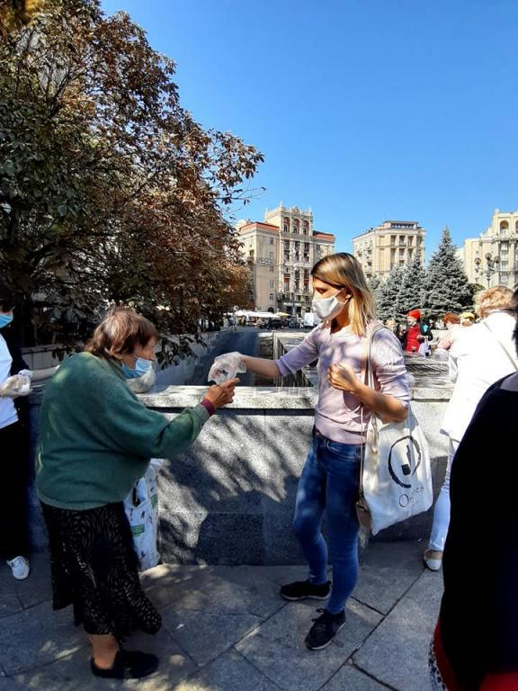 Kiev, in the famous Maidan Square, Sant'Egidio meets the homeless as cold season approaches