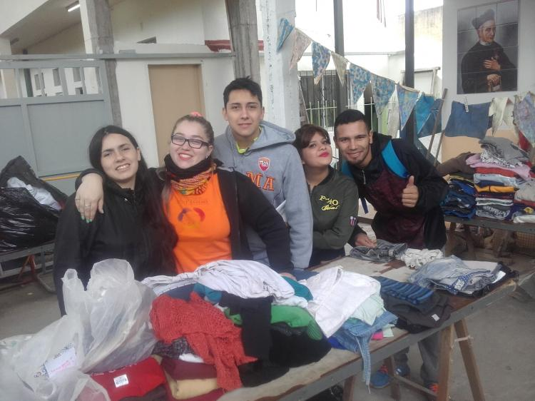 Argentina - Youth for Peace in aid of those affected by heavy rain and flood.