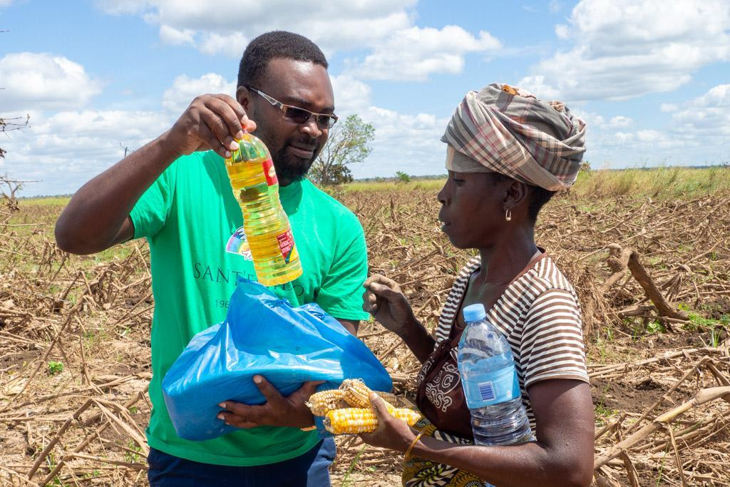 Mozambique: providing life-saving food and health assistance to survivors