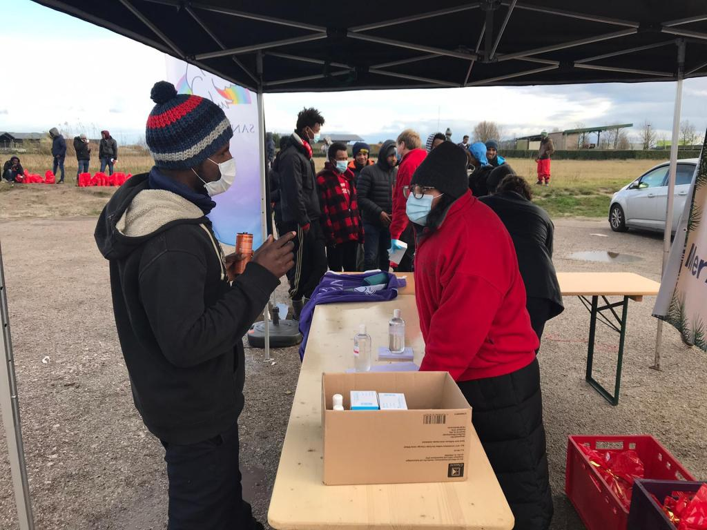 Christmas for all is reaching Calais