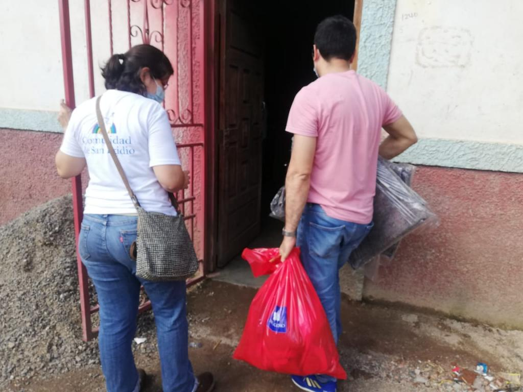 Central America hit by two violent hurricanes. The Communities of Sant'Egidio providing emergency aid to the suffering population