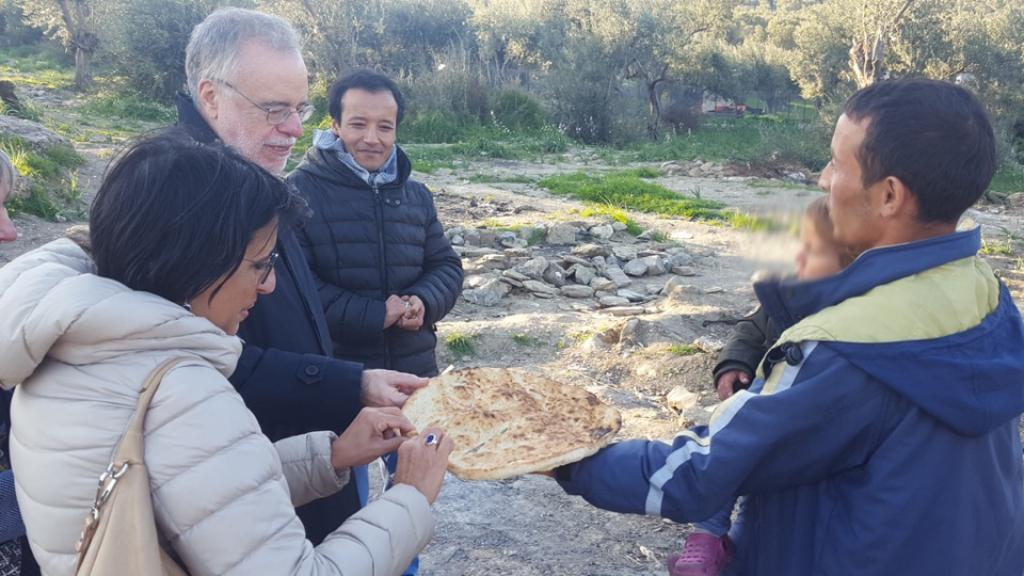 Among the Lesbos refugees: the visit of a Sant'Egidio delegation together with Andrea Riccardi