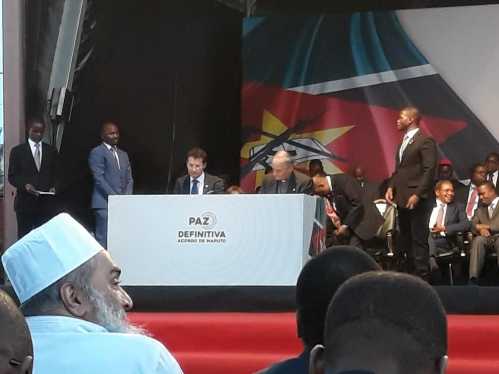 Delegation of Sant'Egidio to the Signing of the Agreement for peace and reconciliation in Mozambique. President Nyusi's gratitude for the community's peace work