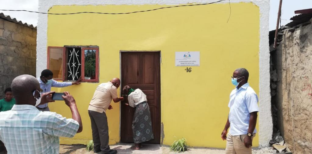 Beira, the International Day of Older Persons has been celebrated delivering ten new homes