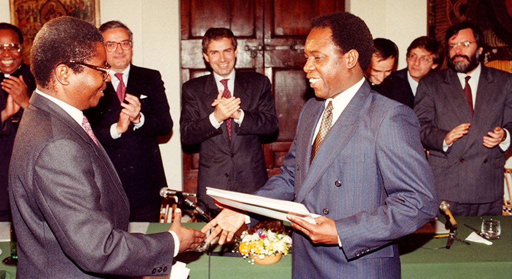 ANNIVERSARY - Peace talks for Mozambique starting 30 years ago, in Sant'Egidio